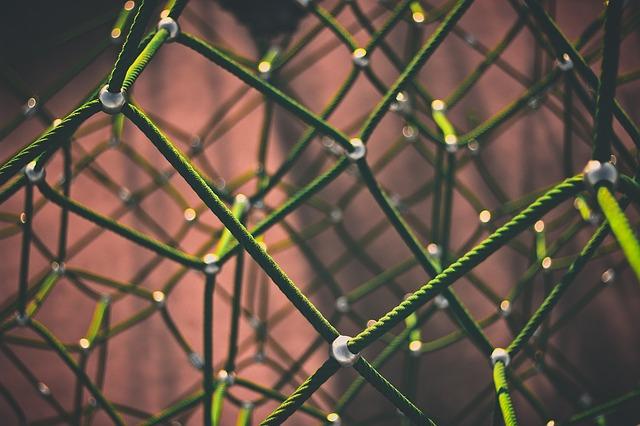 Open Source MANO (OSM): Addressing Interoperability Challenge in NFV